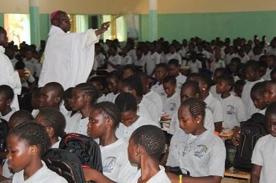 Rentrée Scolaire 2018-2019 : le collège Sainte Marie de Ouahigouya implore Dieu pour une année réussie et bénie.