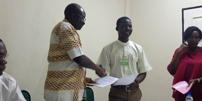 Signature de convention entre le Centre Diocésain de Communication (CDC) de Ouahigouya et l'ONG Oxfam
