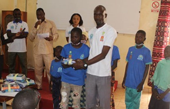 Initiative communautaire de paix : Le RECED inculque des valeurs de paix et de cohésion sociale aux enfants.