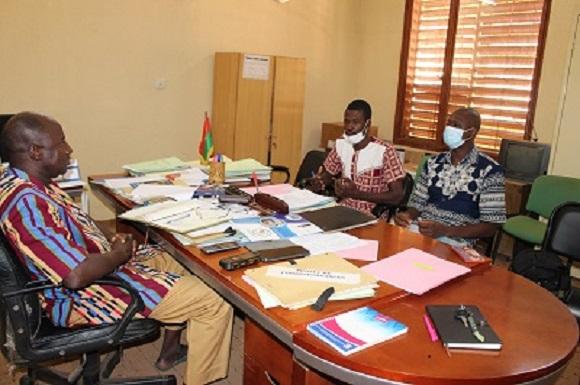 PREVI : L'équipe de mise en œuvre présente le projet aux autorités administratives des régions du Nord, Centre-Nord et du Sahel.